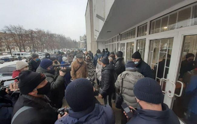 Протесты из-за цен на газ продолжаются. В Украине снова перекрывают трассы