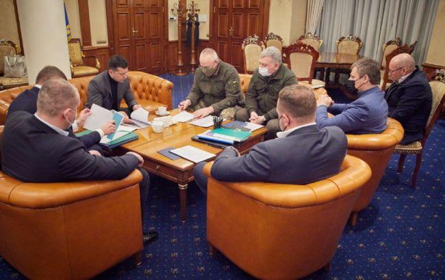 Загибель українських військових: Зеленський після візиту в ОАЕ провів нічну нараду