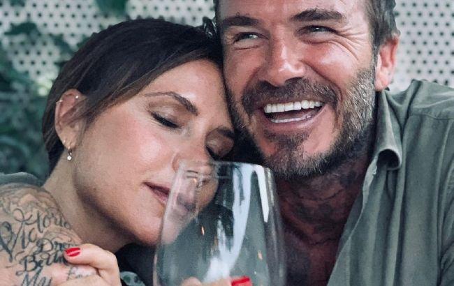 Идеальная семья: Виктория Бекхэм растрогала сеть милыми фото с любимым мужем
