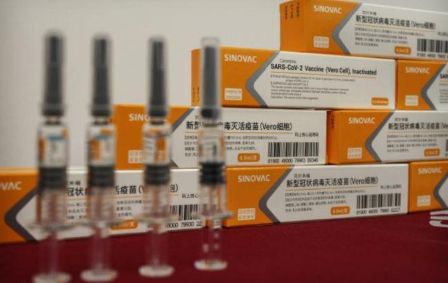 МОЗ: за затримки постачання китайської вакцини в Україну оштрафують постачальника