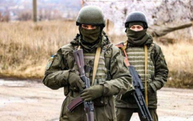 """Сім порушень """"тиші"""" і поранення військового: як минула доба на Донбасі"""