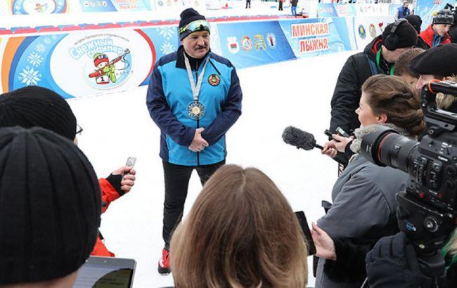 """""""Калька с фильма о Путине"""": Лукашенко отреагировал на расследование о его имуществе"""