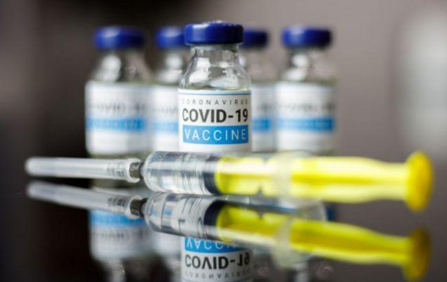 Головний інфекціоніст США вважає, що його країні не потрібна вакцина AstraZeneca
