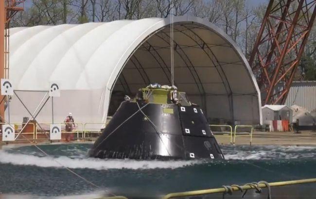 Корабль NASA для полета на Луну прошел испытание на приводнение