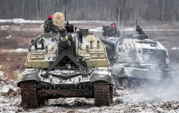 Россия у границ Украины увеличивает ударную группировку