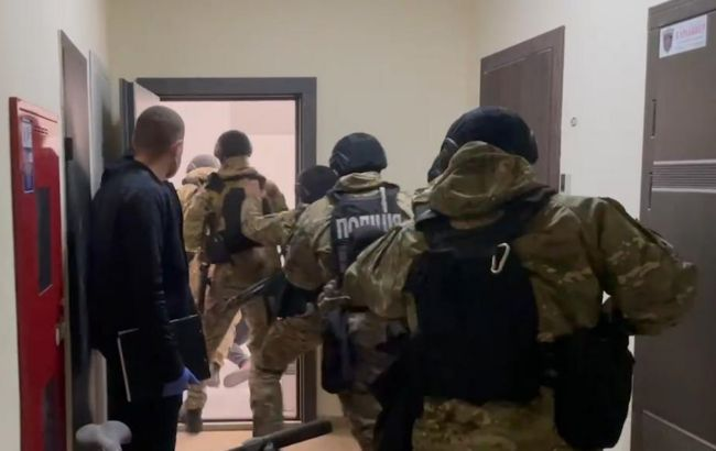 Пытали несколько месяцев: в Одесской области держали в заложниках двух греков