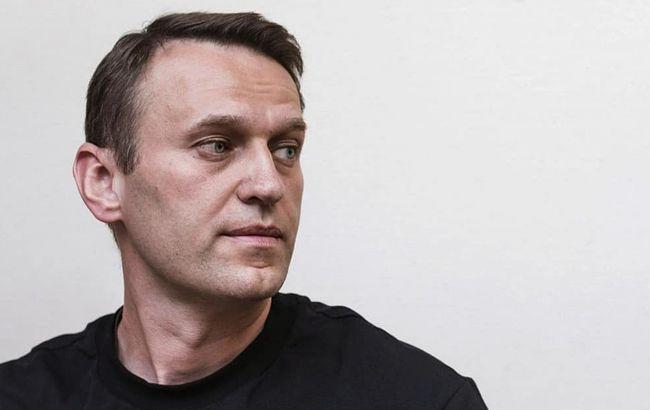 """Врачи говорят о критическом состоянии Навального: """"умрет в течение ближайших дней"""""""