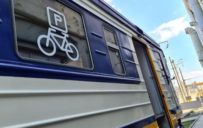 Укрзализныця показала новые вагоны электричек: появилась важная функция