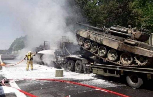 У Польщі через ДТП з військовою технікою згоріли танки