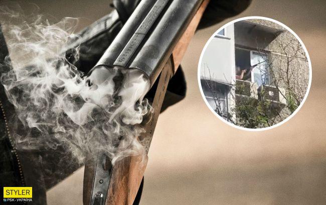 В Киеве мужчина устроил стрельбу из винтовки из окна многоэтажки (видео)
