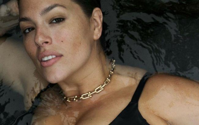 Горячая мамочка: беременная Эшли Грэм снялась полностью обнаженной