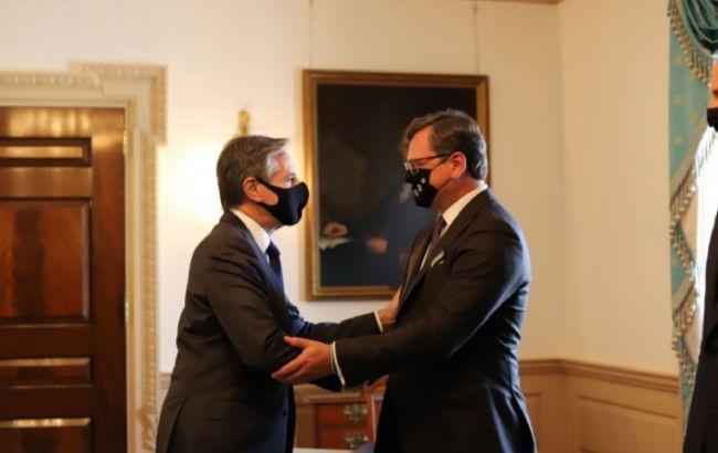 Блинкен обсудил с Кулебой и Ермаком углубление сотрудничества на фоне агрессии РФ