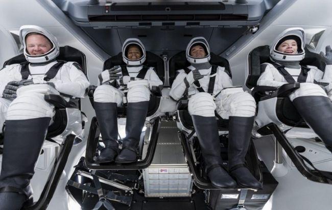 У SpaceX розповіли про самопочуття першої цивільної місії на орбіті