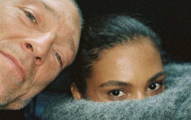 Идеальная пара: Венсан Кассель засыпал сеть романтичными фото с Тиной Кунаки