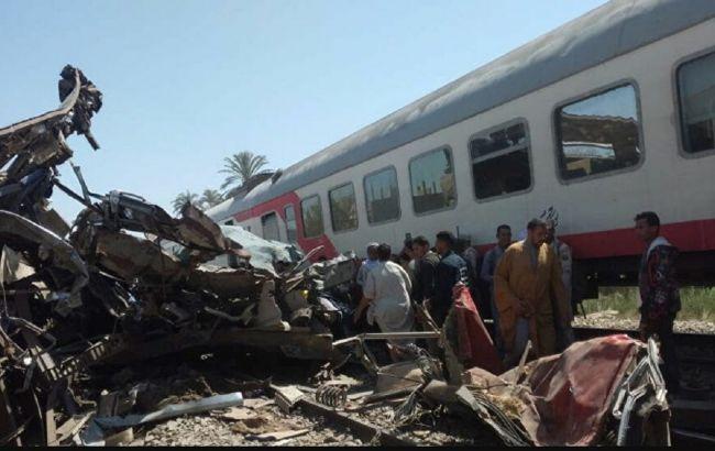 Десятки человек пострадали при столкновении двух поездов в Тунисе
