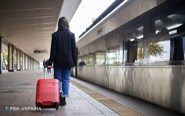 На поїзд можуть не пустити з квитком. В УЗ розповіли про нові правила: що треба для проїзду