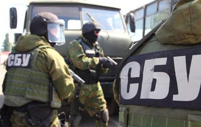 Фото: співробітники СБУ затримали бойовика ДНР