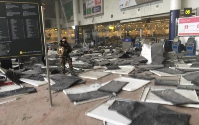 Спецслужби виявили і знешкодили в аеропорту Брюсселя третю бомбу