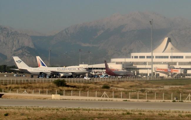 Росія вирішила відновити авіаперельоти в Туреччину