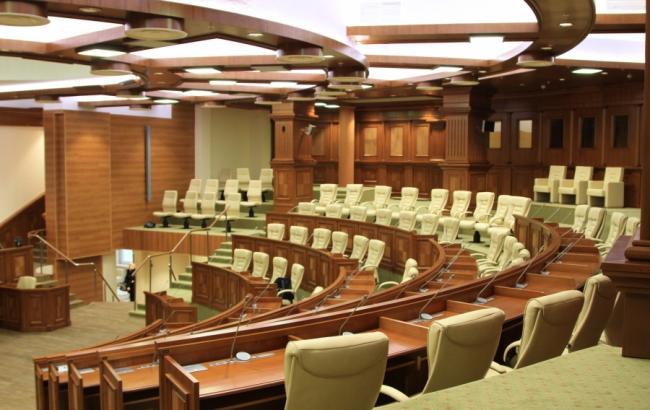 В Молдове впервые с 2001 года главу государства будут избирать не в парламенте, а на всеобщих выборах