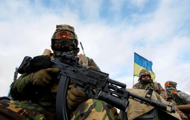 Путинские головорезы за сутки 35 раз обстреляли позиции ВСУ