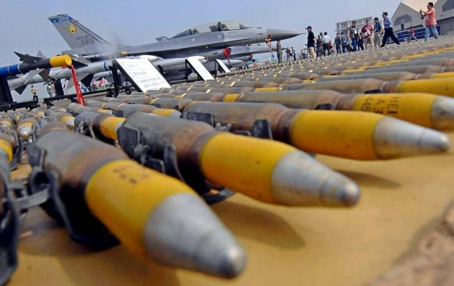 Мировые военные расходы выросли впервые с 2011 года