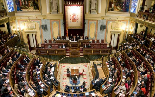 В Испании 3 мая распустят парламент