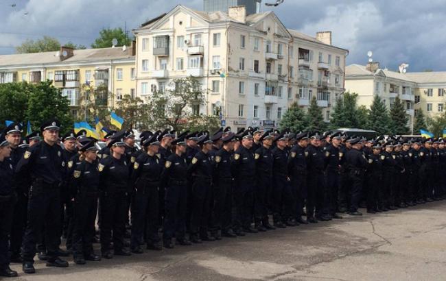 Фото: у Краматорську і Слов'янську розпочала роботу патрульна поліція