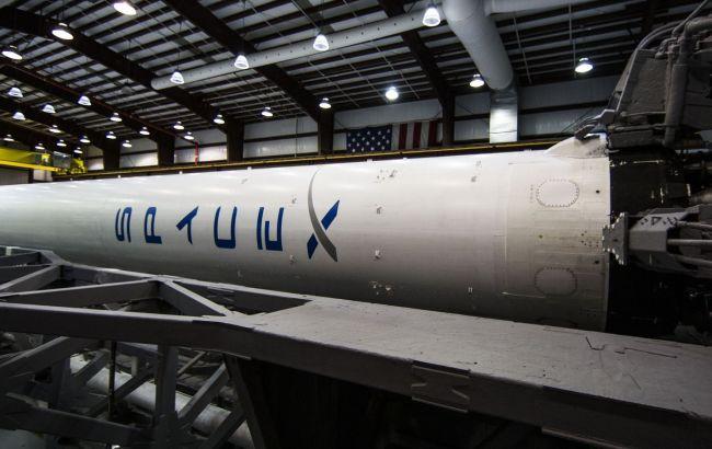SpaceX посадила сходинку Falcon 9 на морську платформу
