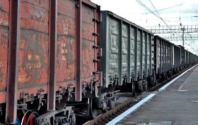 Украина ежегодно теряет 1 млрд долларов на перегоне Камыш-Заря-Волноваха, - эксперты