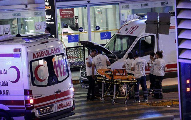 """Фото: терористи-смертники влаштували теракт у Стамбулі (""""Reuters"""")"""