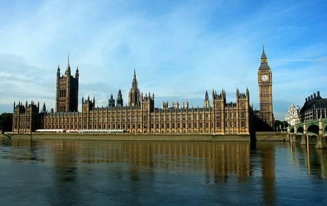 Фото: комітет британського парламенту закликав посилити стримування Росії