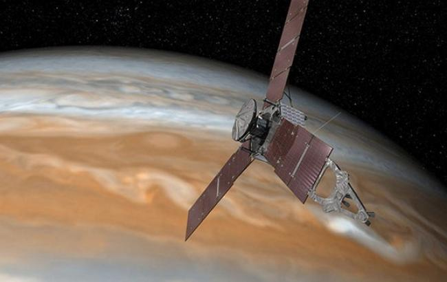 Фото: космічний зонд Juno вийшов на орбіту Юпітера