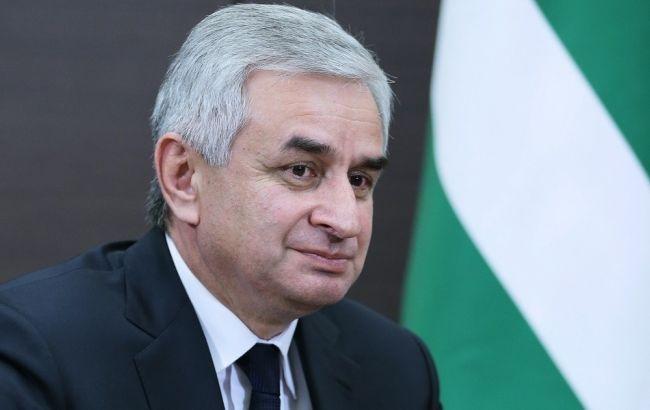 Фото: референдум за відставку президента Абхазії Рауля Хаджимба відбудеться 10 липня