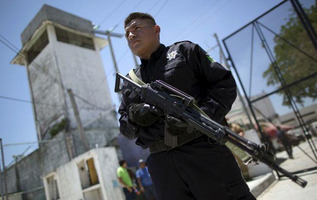 Фото: стрілянина могла стати наслідком війни між двома місцевими угрупованнями