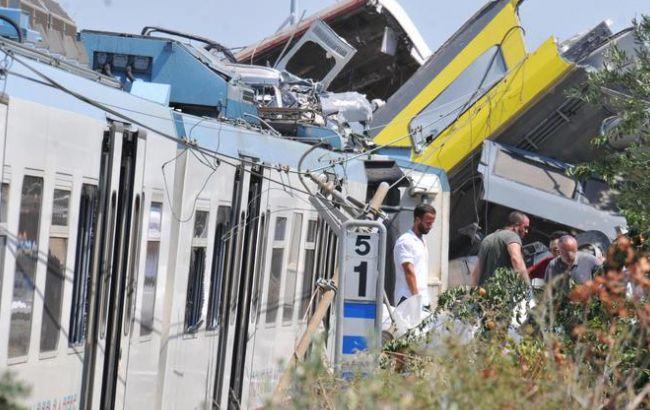 Фото: прем'єр-міністр Итлаии Маттео Ренці висловив свої співчуття жертвам зіткнення поїздів і сім'ям загиблих