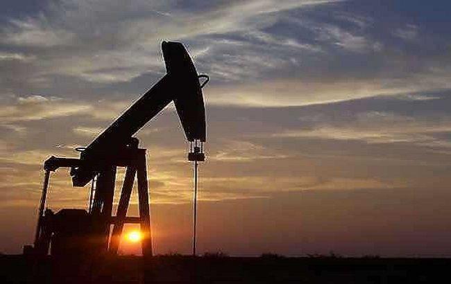 Фото: цена барреля нефти Brent снизилась