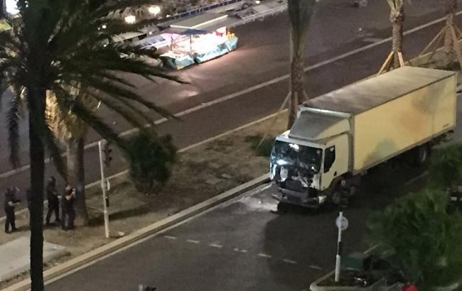 В результате теракта в Ницце погибли 77 человек, 100 ранены