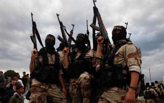 Фото: на викладеному в мережі відео ІДІЛ погрожує джихадом Росії
