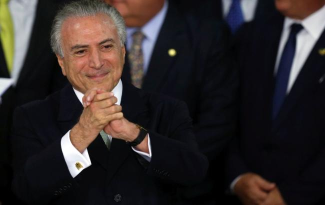 Мишел Темер официально вступил в должность президента Бразилии