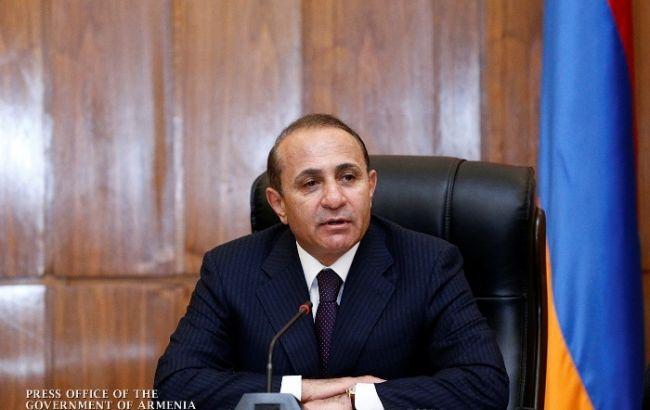 Фото: прем'єр-міністр Вірменії подав у відставку