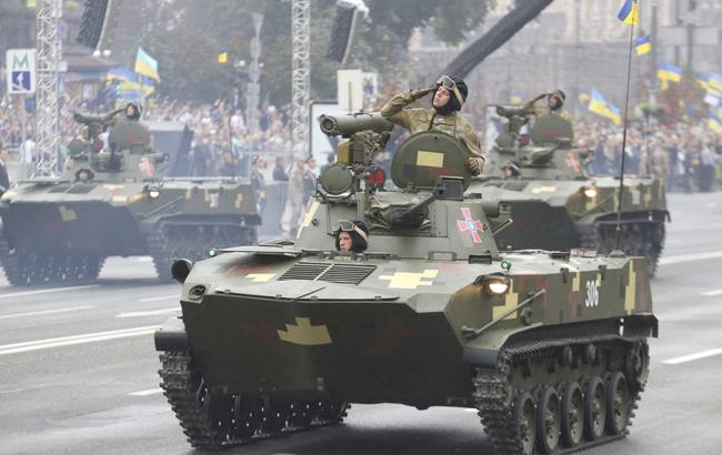Фото: Танки на параде в Киеве (Виталий Носач)