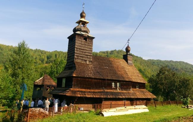 Храм на Закарпатье (moskal.in.ua)