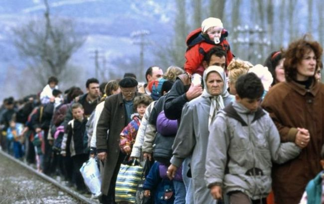 Фото: принять переселенцев с востока Украины не против 54 % поляков