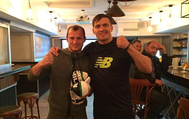 Фото: Александр Усик и Роман Зозуля (facebook.com)