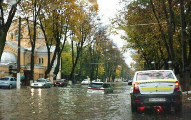 Фото: ливень в Одессе