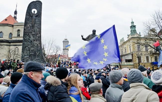 Українська громадськість давно не чекає позитивних новин у сфері економіки