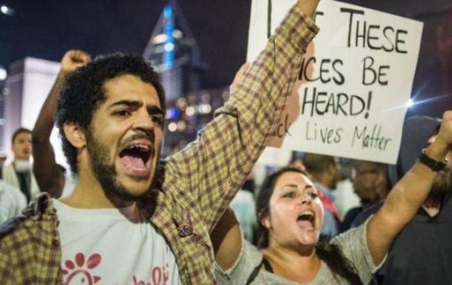 Фото: демонстрації в Шарлотті