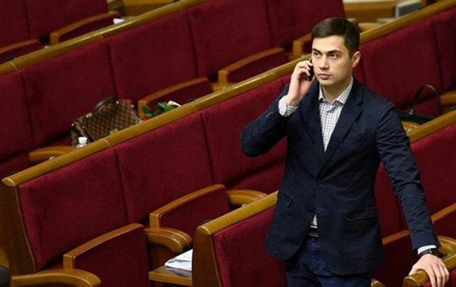 Фото: Єгор Фірсов у ВР (ednist.info)