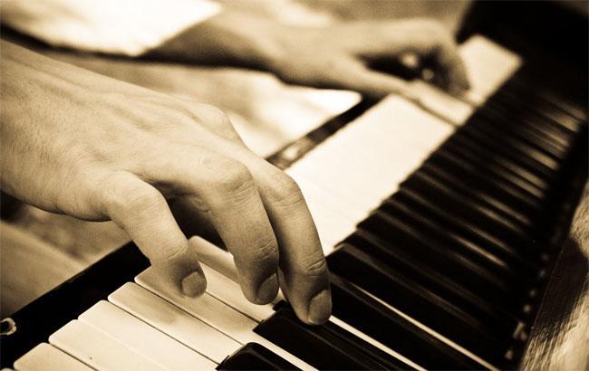 Фото: Піаніст (blogspot.com)